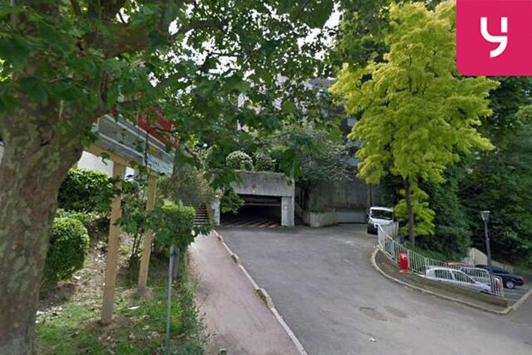 Parking Jardin Botanique - Chemin des Montquartiers - Issy-les-Moulineaux caméra