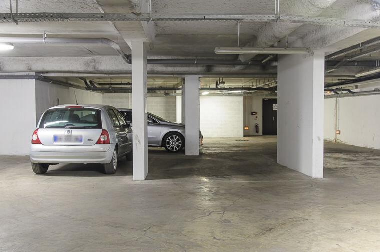 Parking Cité scolaire Henri Wallon - Aubervilliers sécurisé