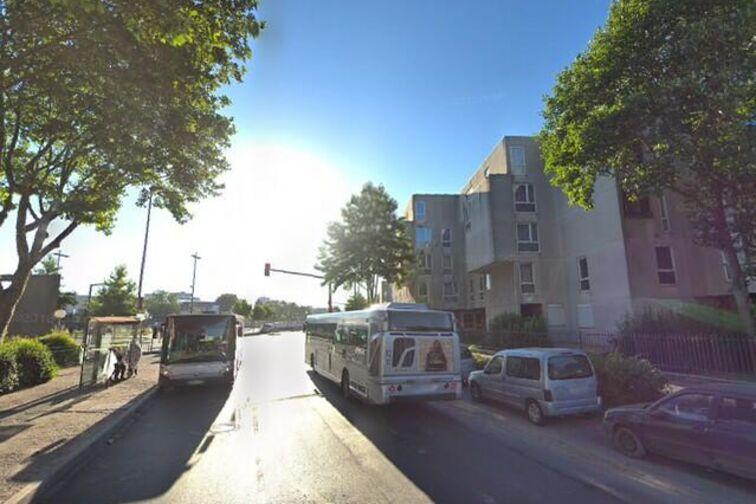 Parking Gare de Sevran Beaudottes - Avenue Dumont d'Urville - Sevran 24/24 7/7