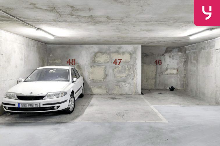Parking Les Haies - Buzenval (place moto) en location