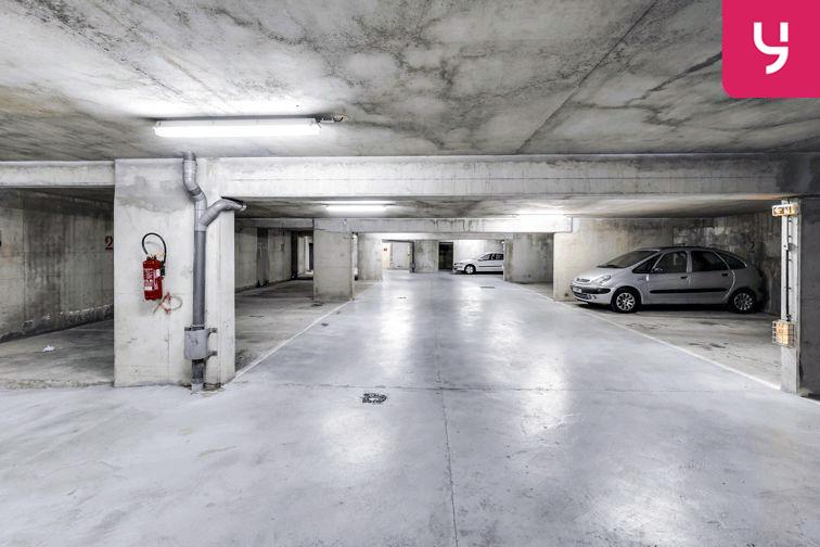 Parking Les Haies - Buzenval (place moto) pas cher