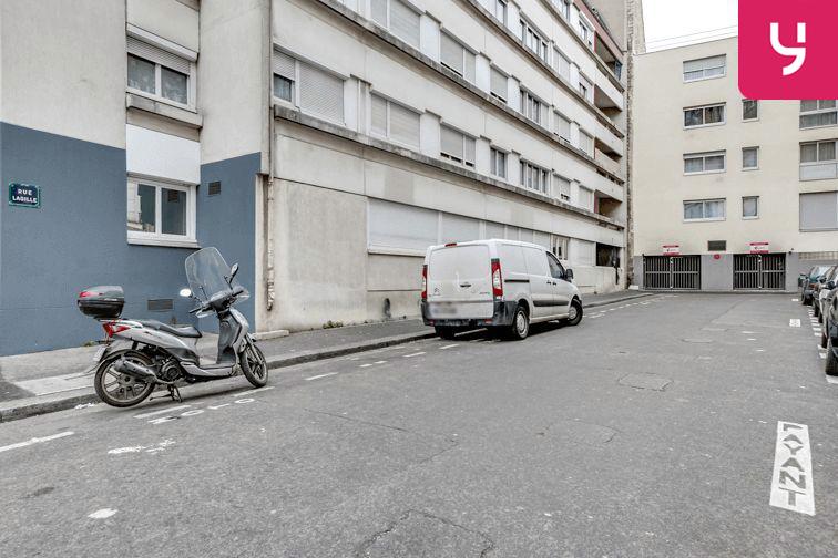 Parking Jacques Cartier - Guy Môquet (place moto) pas cher