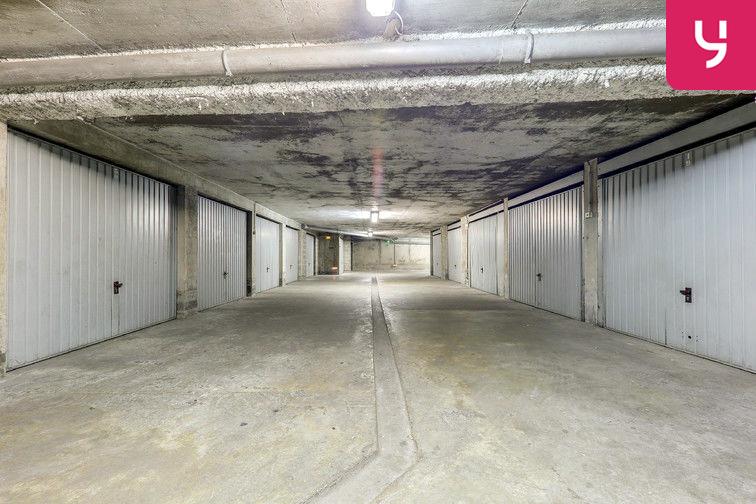 Parking Rochecardon - Industrie - Lyon 9 (place double) à louer