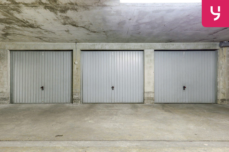 Parking Rochecardon - Industrie - Lyon 9 (place double) garage