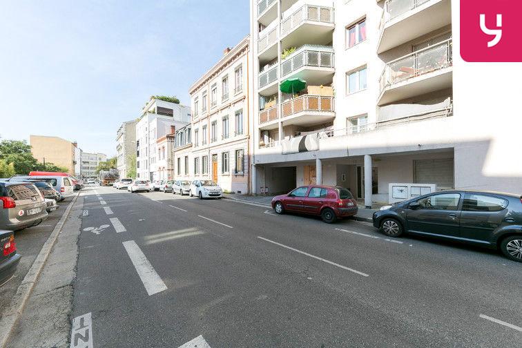 Parking Rochecardon - Industrie - Lyon 9 (place double) sécurisé