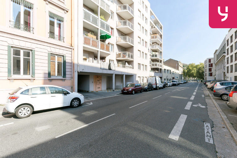 location parking Rochecardon - Industrie - Lyon 9 (place double)