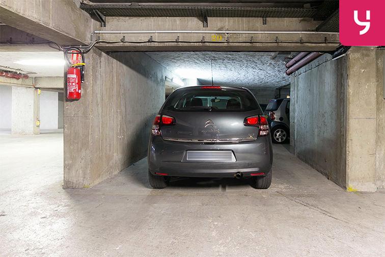 Parking Pont de Neuilly - Rue Ybry - Neuilly-sur-Seine (place moto) garage