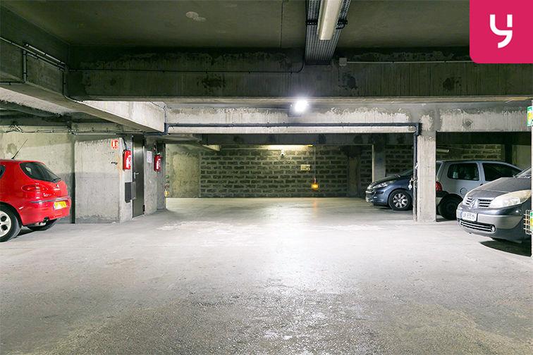 Parking Pont de Neuilly - Rue Ybry - Neuilly-sur-Seine (place moto) box