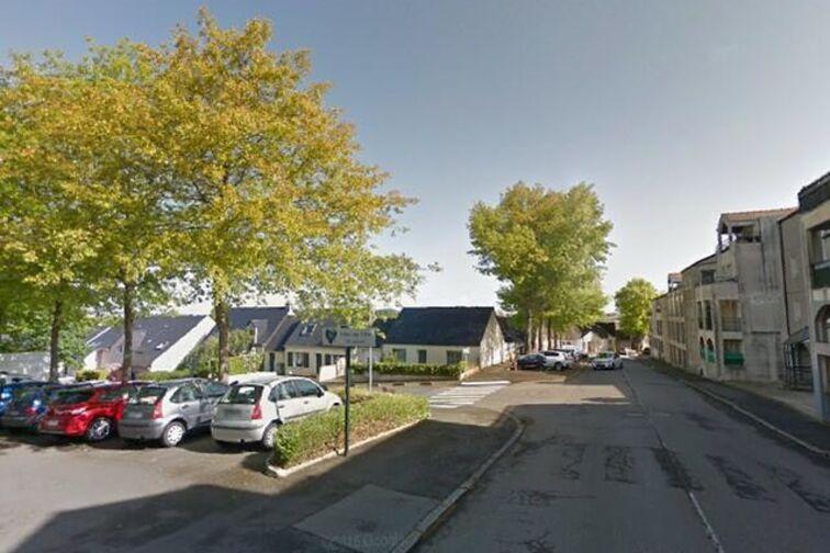 Parking Mairie - Charles de Gaulle - Carquefou - (aérien) 44470