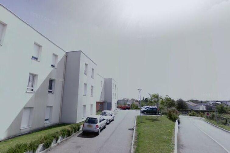 Parking Ecole Françoise Giroud - Marie Laurencin - Saint-Herblain - (box) en location