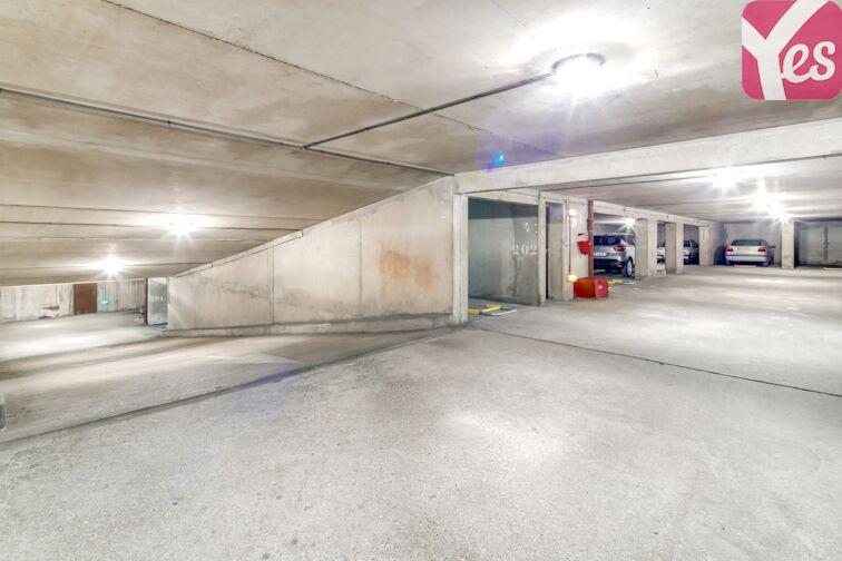 Parking Place du 8 Mai 1945 - Villejuif sécurisé