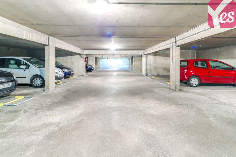 Parking Place du 8 Mai 1945 - Villejuif à louer