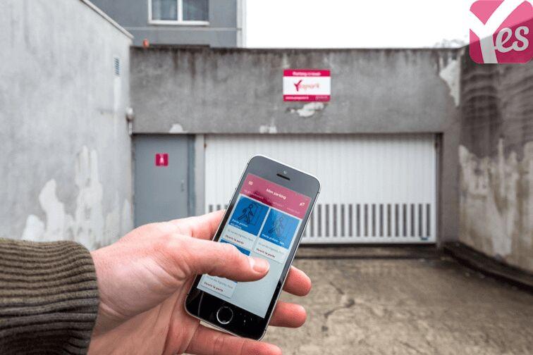Parking Collège Condorcet - Pontault-Combault garage