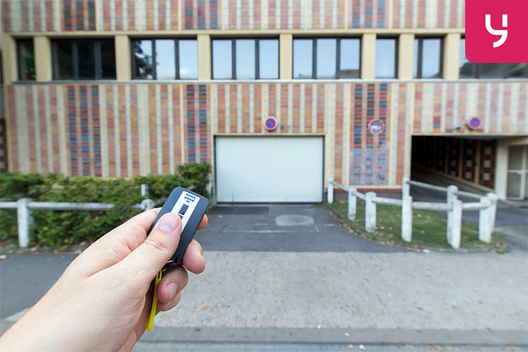 Parking Métro Bobigny - Pablo Picasso - Rue Pablo Picasso - Bobigny (place moto) avis