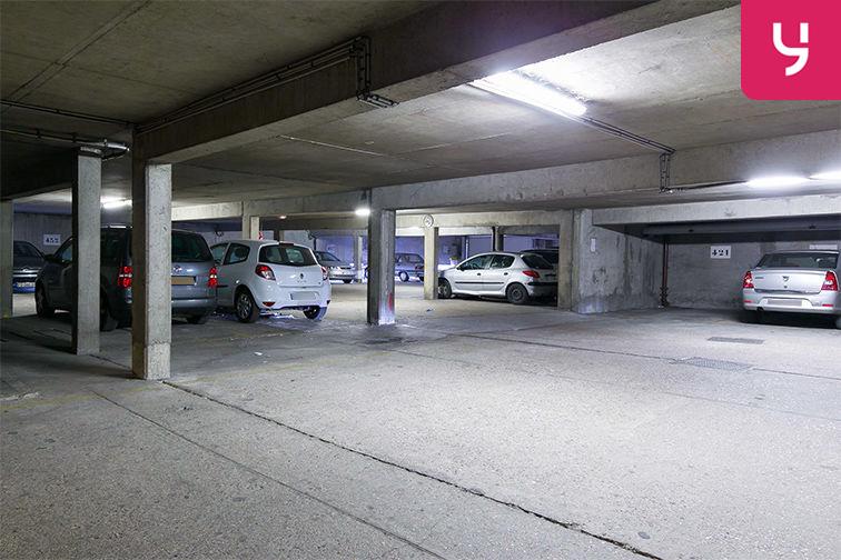 Parking Métro Bobigny - Pablo Picasso - Rue Pablo Picasso - Bobigny (place moto) pas cher