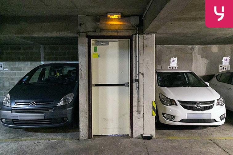 Parking Métro Bobigny - Pablo Picasso - Rue Pablo Picasso - Bobigny (place moto) gardien
