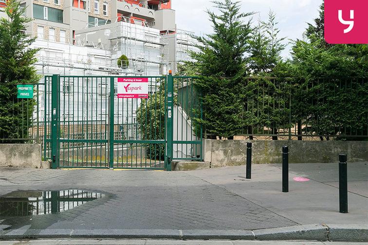 Parking Rue de la Fontaine - Saint-Ouen (place double) 24/24 7/7