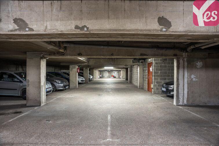 Parking Bécon - Courbevoie (place moto) souterrain