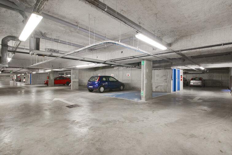 Parking Stade Racine - Rue Villeneuve - Clichy souterrain