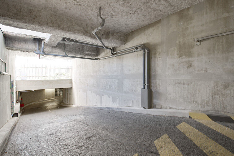 Parking Stade Racine - Rue Villeneuve - Clichy box