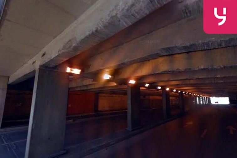 Parking Gare de Nîmes garage