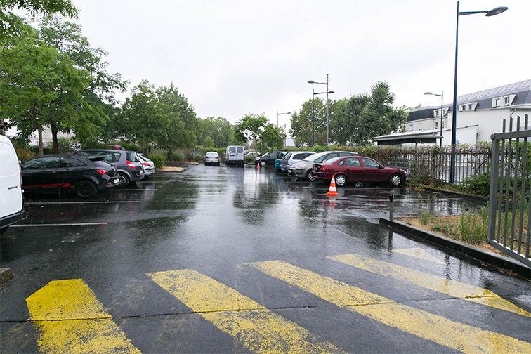 Parking Collège Departemental Georges politzer - Dammarie-les-Lys location mensuelle