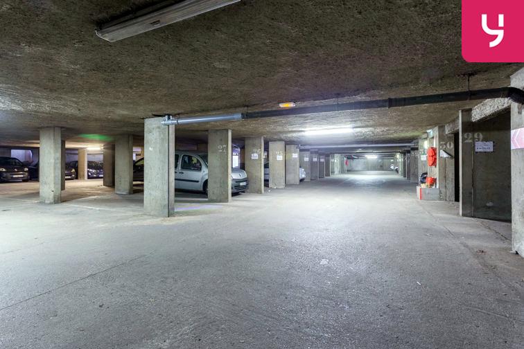 Parking Parc Blandan (Place double) sécurisé