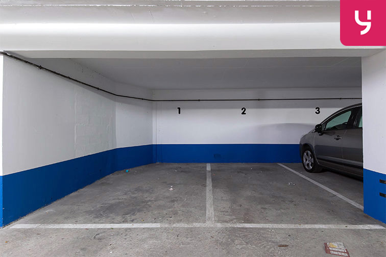 Parking Rue de Belgrand - Métro Porte de Bagnolet - Paris 20 (place moto) pas cher