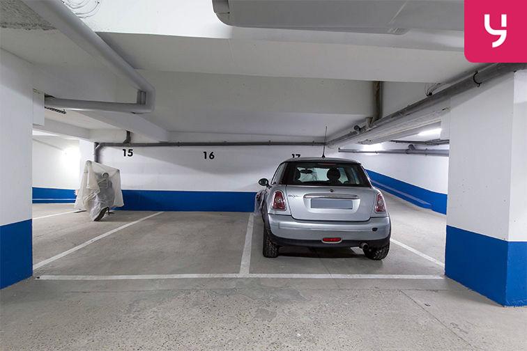 Parking Rue de Belgrand - Métro Porte de Bagnolet - Paris 20 (place moto) location