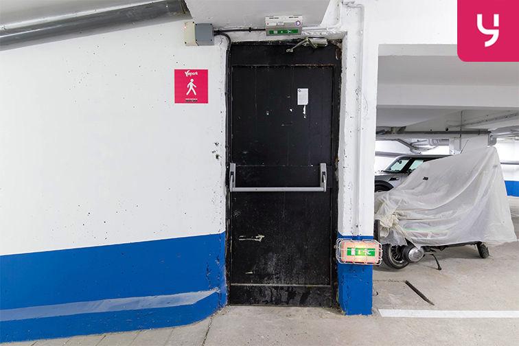 Parking Rue de Belgrand - Métro Porte de Bagnolet - Paris 20 (place moto) souterrain
