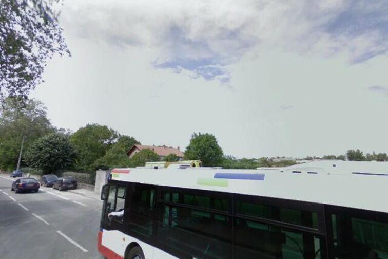 Parking Collège/Lycée Montalembert - Lespinet et Valentina Terechkova - Toulouse pas cher