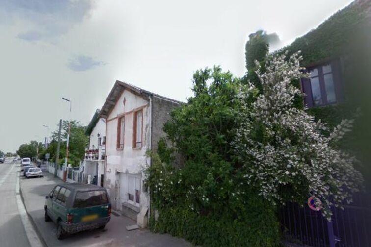 Parking Collège/Lycée Montalembert - Lespinet et Valentina Terechkova - Toulouse garage
