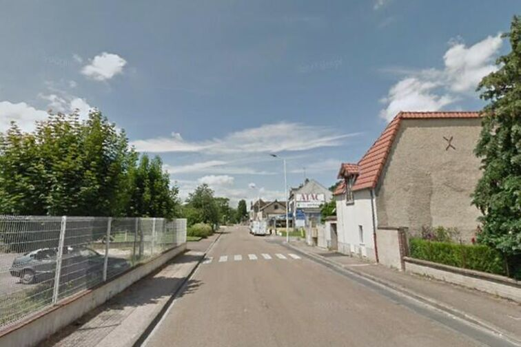 location parking Ecluse - Pierre et Marie Curie - Migennes - (box)