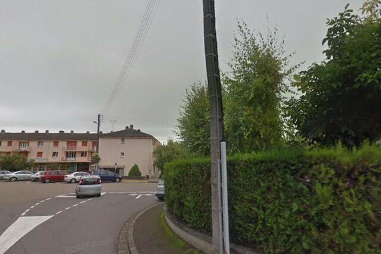 Parking Ecole Maternelle Pierre Curie - Mont Saint-Bernard - Paron - (box) rue du Mont Saint-Bernard
