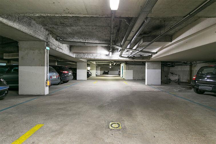 Parking Centre commercial Bercy 2 - Charenton-le-Pont à louer