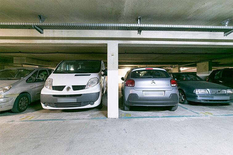 Parking Centre commercial Bercy 2 - Charenton-le-Pont 24/24 7/7