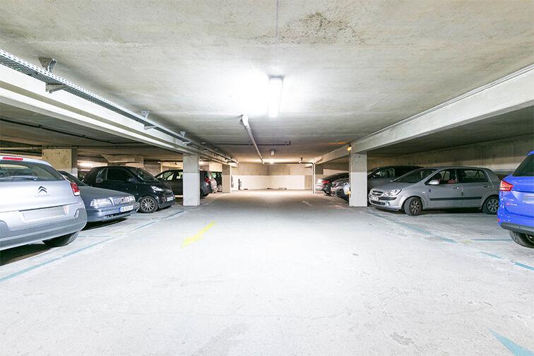 Parking Centre commercial Bercy 2 - Charenton-le-Pont 79 rue de l'Hérault