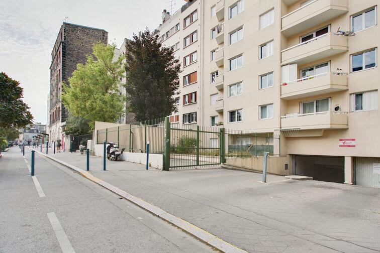 Parking Rue de Moscou - Métro Hoche - Pantin sécurisé