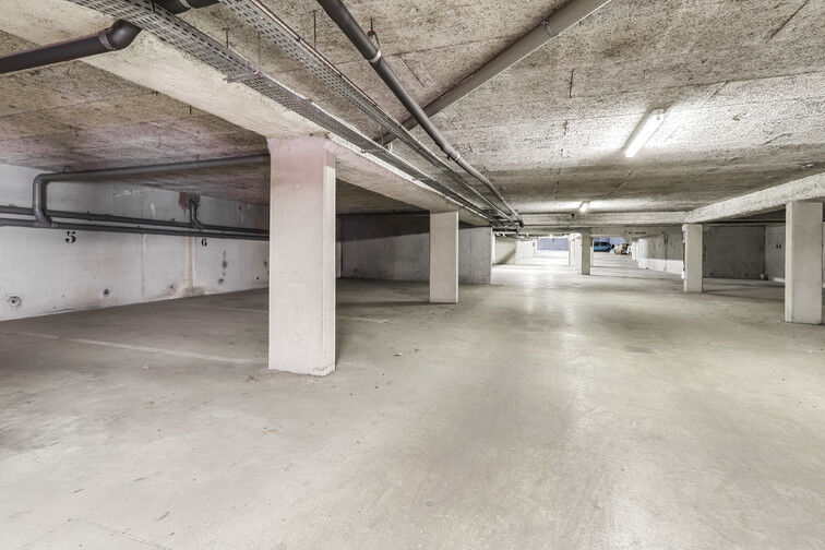 Parking Mairie de Crosne en location