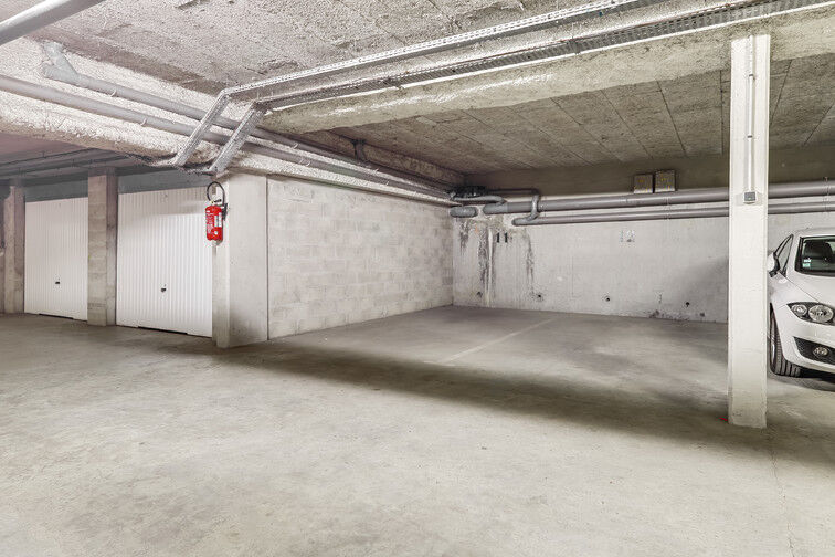 Parking Mairie de Crosne garage