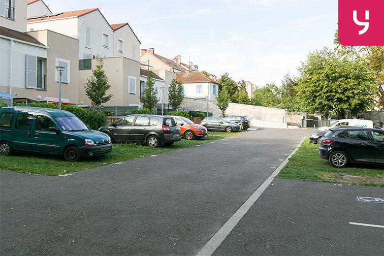Parking Gare de Maisons Laffitte - Rue du Mesnil - Maisons-Laffitte (aérien) gardien