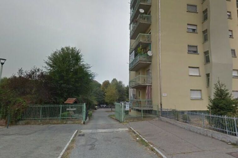 Ingresso al parcheggio su via Carema 8/A Torino