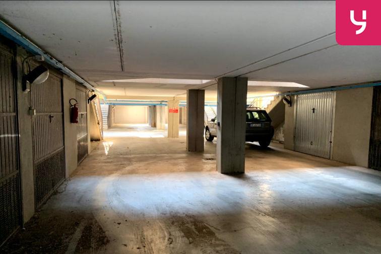 location parking Bologna - Virginia Reiter