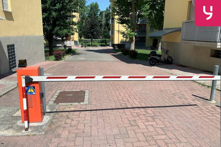 Parcheggio Bologna - via San Donato garage