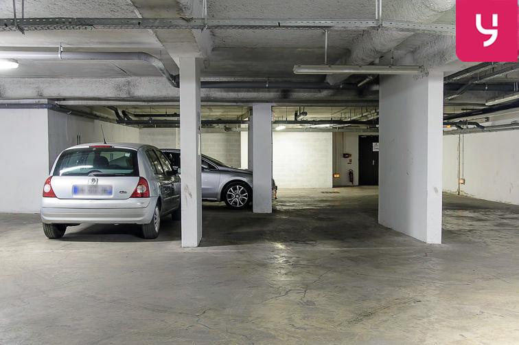 Parking Cité scolaire Henri Wallon - Aubervilliers (place moto) location mensuelle