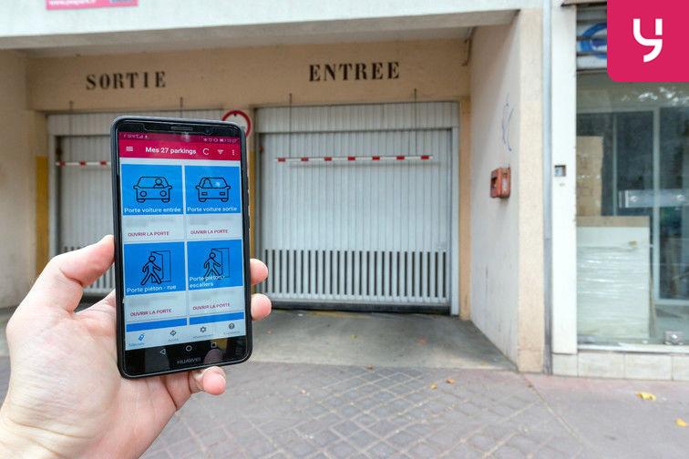 location parking Métro Châtillon Montrouge (place moto)