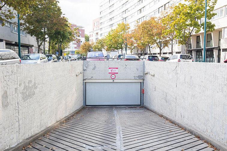 Parking Arrêt Le Luth - Gennevilliers avis