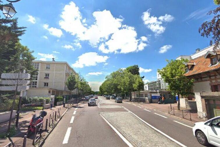 Parking Musée des Avelines - Pasteur - Saint-Cloud - (box) 24/24 7/7
