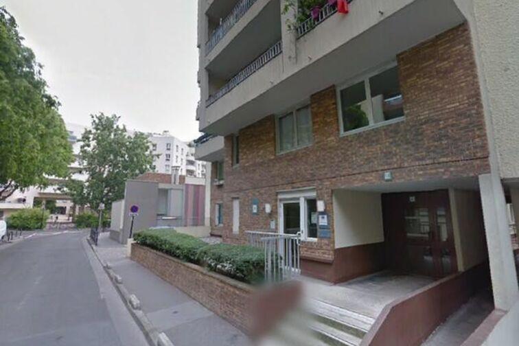 Parking Hôtel de Ville - rue Carle Hébert - Courbevoie box