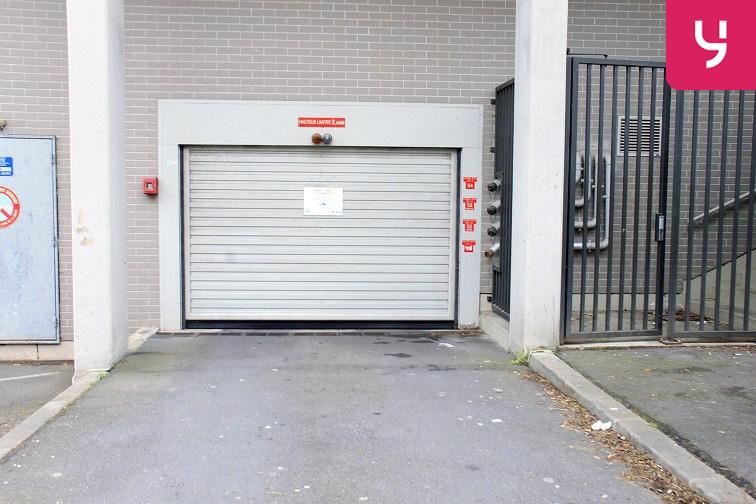 location parking Jaurès